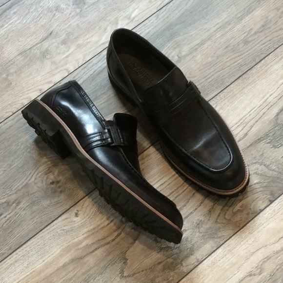 Kenneth Cole Reaction Other - Brand new Men's Black Loafers